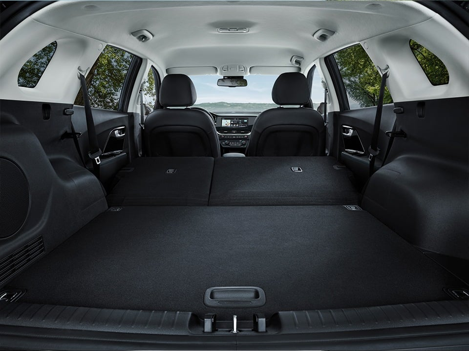 Kia e-Niro spacious trunk